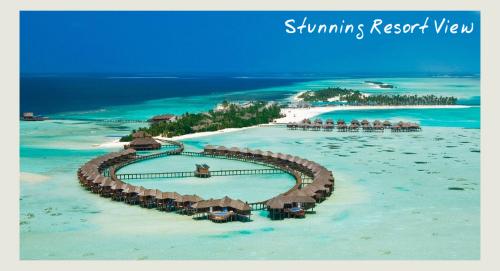 Olhuveli aerial - parasailing in the maldives