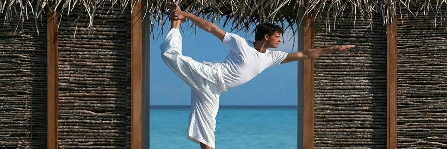 four-seasons-resort-at-landaa-giraavaru-yoga-900-300