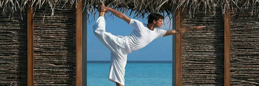 four-seasons-resort-at-landaa-giraavaru-yoga-900-300