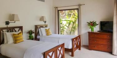 twin bed, Paradise Beach Nevis
